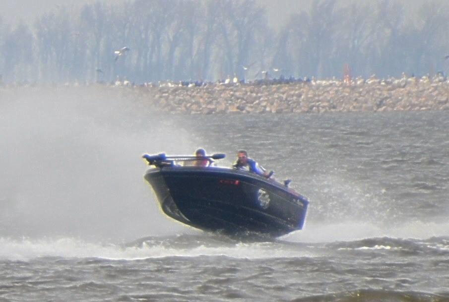 airborne boat