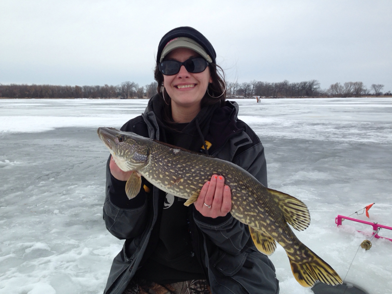 ice fishing tip up northern pike