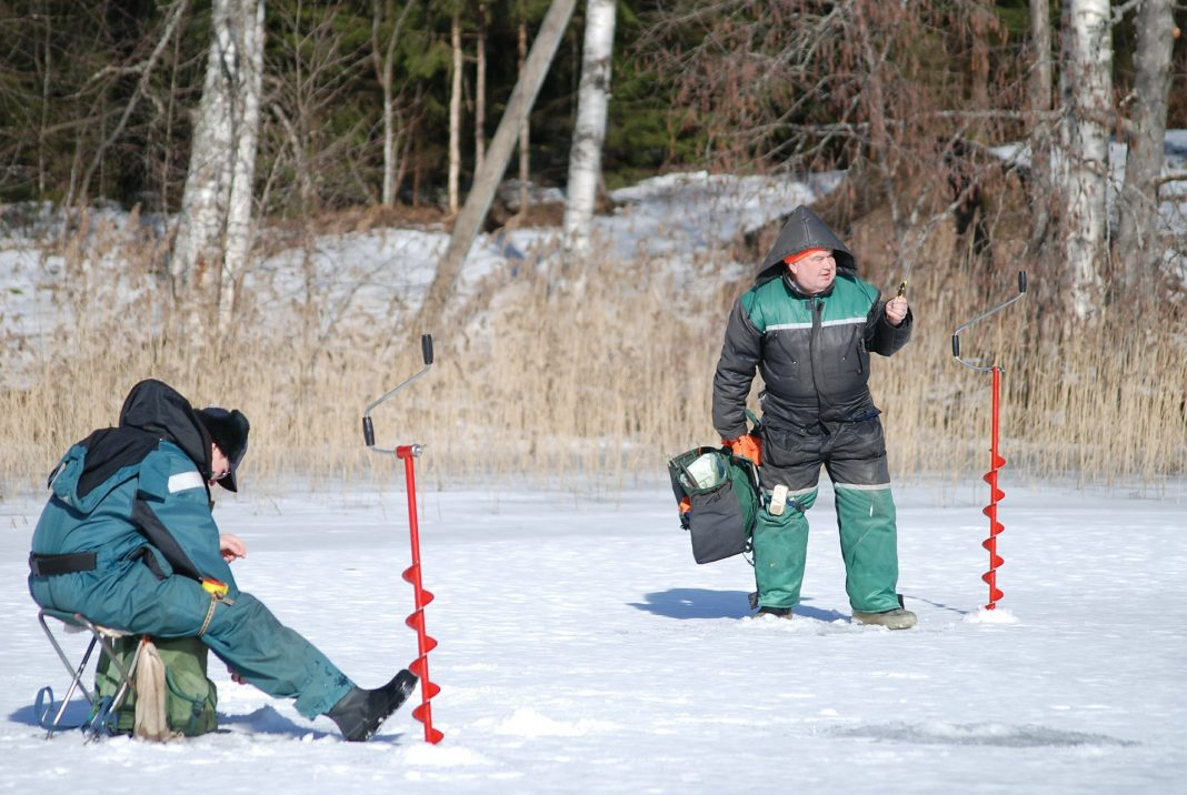 crappie anglers on ice