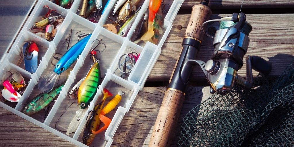 tackle box with compartments